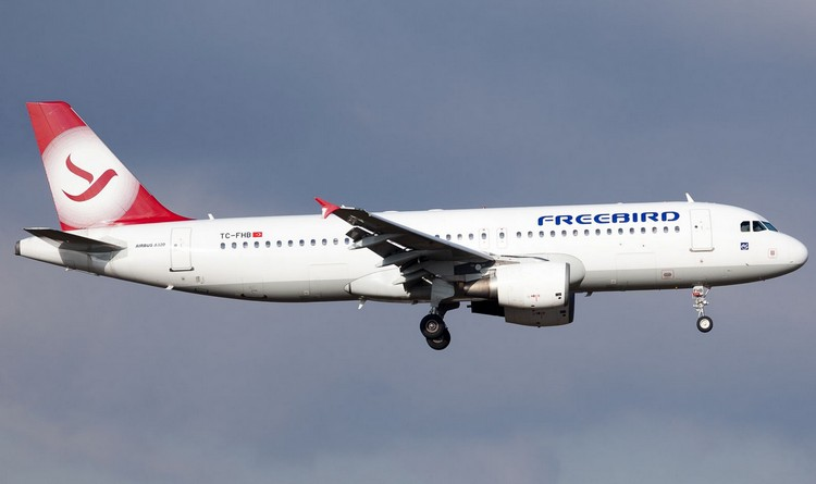 freebird airlines задержка рейса